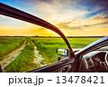 窓 車 自動車の写真 13478421