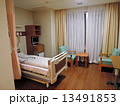 病院の快適な病室(個室) 13491853