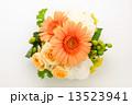 フラワーアレンジ 13523941
