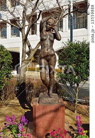 浅草散歩・あこがれ像 朝倉文夫作 山谷堀公園 13559888