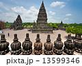 神社 ジョグジャカルタ プランバナンの写真 13599346
