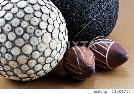 Image of divers decorative ballsの写真素材 [13634716] - PIXTA