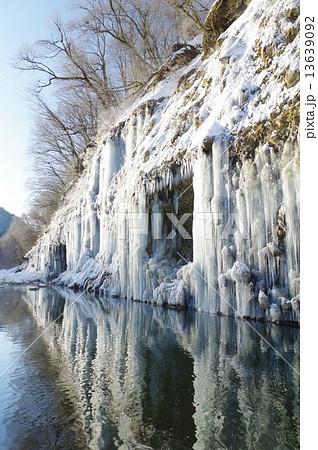 長野県木曽 白川氷柱群(しらかわひょうちゅうぐん) 13639092