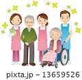 高齢者と介護士 シニア 13659526