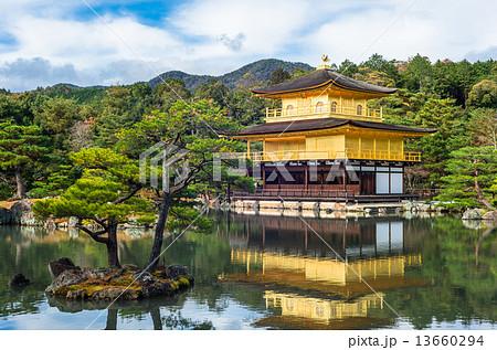 京都 世界遺産 金閣寺 13660294