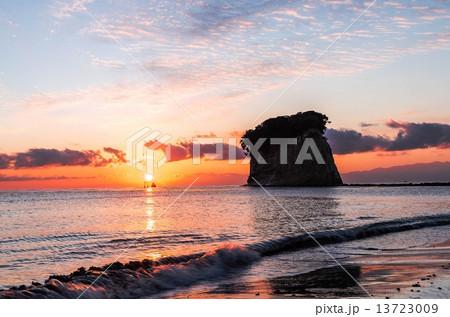 見附島からの日の出 13723009