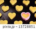 クッキー お菓子作り ハート型の写真 13728851