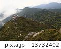 山頂の巨石 (屋久島三岳) 13732402