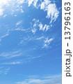 さわやかな空と雲 13796163