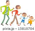 家族4人 駆け寄る 13810704