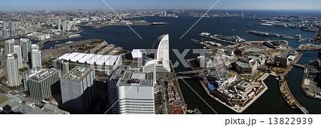 横浜港とみなとみらい地区のパノラマ写真 13822939