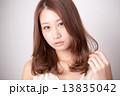 美容 ヘアスタイル 女の子の写真 13835042