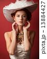 女性 ビンテージ ヴィンテージの写真 13884427