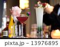 カクテル バー カフェバー ナイト カクテルイメージ カウンター アルコール 酒 13976895