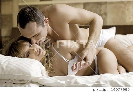 Handjob couples Sexy youmg