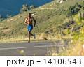 ジョグ 走る ランナーの写真 14106543