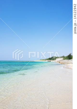 沖縄のビーチ・喜屋武の浜 14122942