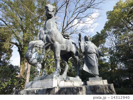 高知城山内一豊の妻千代の銅像 14312940