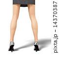 美脚 女性 脚のイラスト 14370387