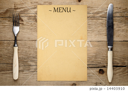 Blank menu, fork and knife on wooden backgroundの写真素材 [14403910] - PIXTA