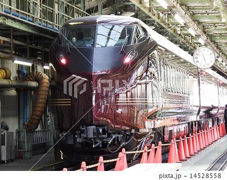車庫に入ったお召し列車 14528558