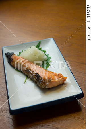焼魚 塩鮭 14558258
