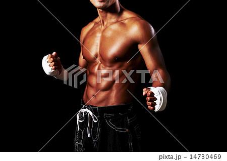 男性アスリートの筋肉 14730469