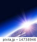 太陽光 光 夜明けのイラスト 14738946