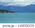 テカポ湖とカヌー 14839320