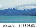 テカポ湖とカヌー 14839363