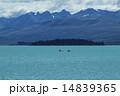 テカポ湖とカヌー 14839365