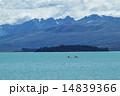 テカポ湖とカヌー 14839366
