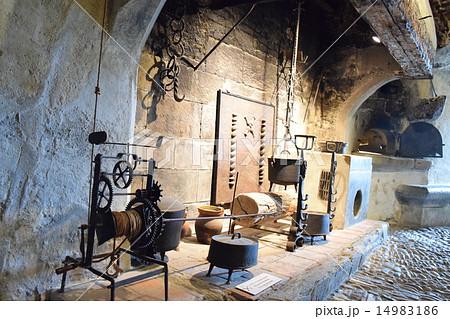 中世ヨーロッパの台所 14983186