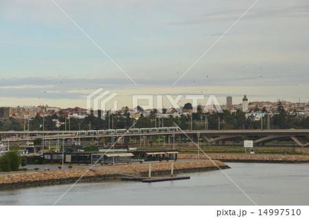 首都ラバトとブーレグレグ川の対岸のサレを結ぶトラム 14997510