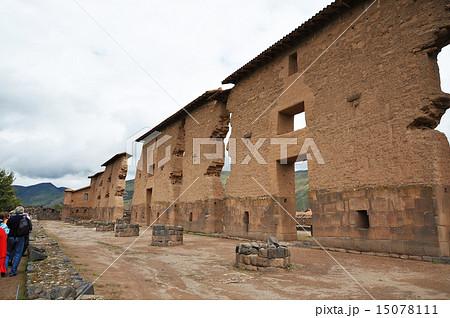 ペルー ラクチ遺跡 ビラコチャの神殿跡 15078111
