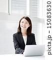 ビジネスウーマン 人物 笑顔の写真 15083630