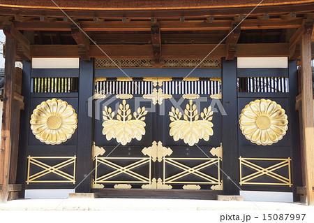 醍醐寺の門 15087997