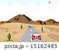砂漠の道路と車 15162485