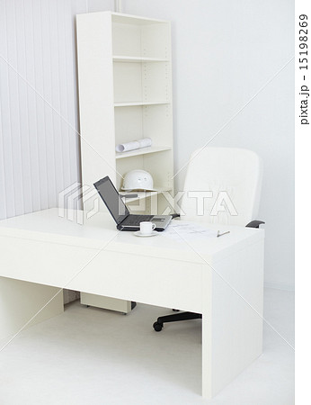 Interior of office with workplace of engineerの写真素材 [15198269] - PIXTA