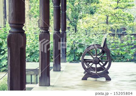 背景素材 ベンチのある風景 15205804