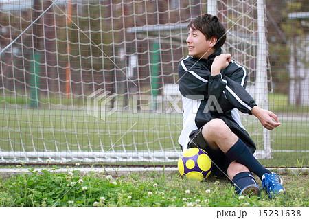 サッカー フットサル (運動 トレーニング スポーツ ストレッチ 準備体操 男性) 15231638