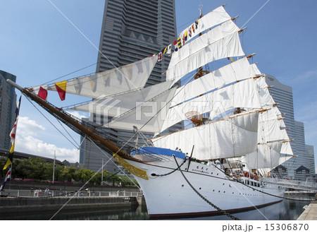 帆船日本丸の総帆展帆・満船飾 15306870