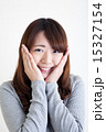 頬 人物 女性の写真 15327154