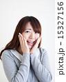 頬 人物 女性の写真 15327156