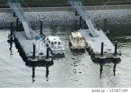 辰巳運河の船着場 15387194