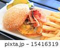 チーズバーガー バンズ パンの写真 15416319