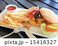 チーズバーガー バンズ 洋食の写真 15416327