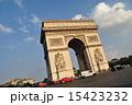 歴史的建築物 エトワール凱旋門 パリの写真 15423232