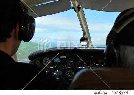 操縦席 15435340