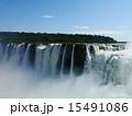 世界三大瀑布 アルゼンチン 水しぶきの写真 15491086